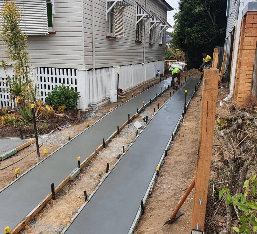 Lutwyche – Exposed aggregate driveway